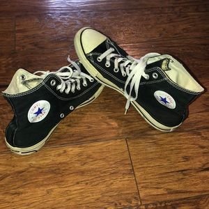 These are converse chuck Taylor all stars